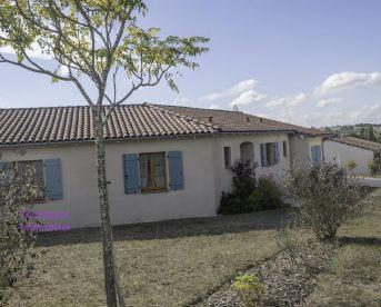 Belle villa T4 avec piscine et garage sur 1900 m2