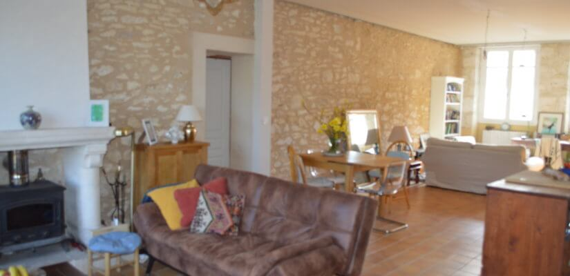 Belle maison 5 ch rénovée avec dépendance sur 1.228 m2